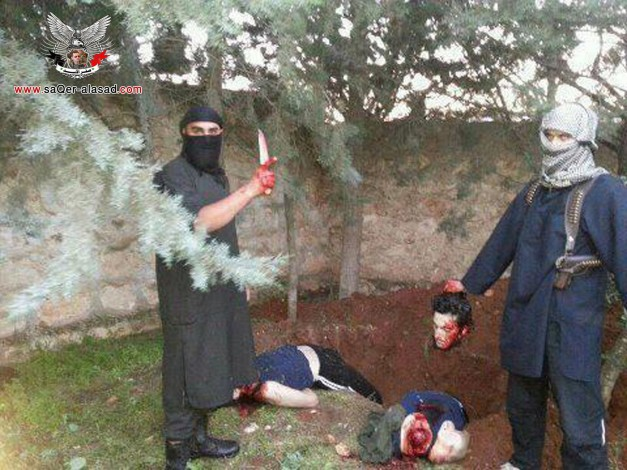 القاعدة وجبهة النصرة تقطع رؤوس 30 شابا من قريتي نبل والزهراء بريف حلب