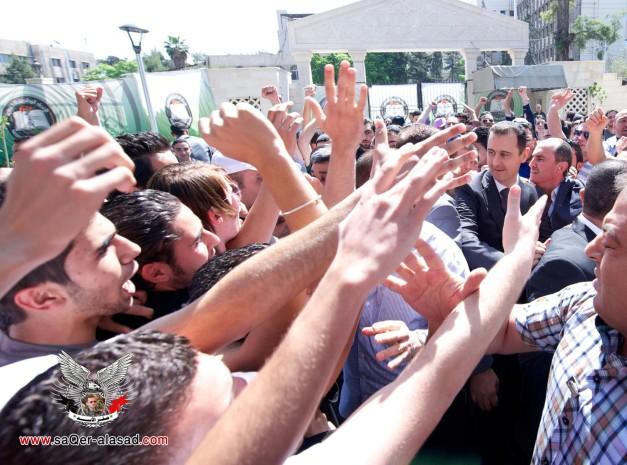 الرئيس الأسد  وازاحة النصب التذكاري في جامعة دمشق 4 5 2013