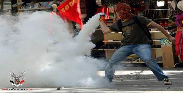 أطباء تركيا يدينون الإستخدام الكثيف للغاز ضد المتظاهرين