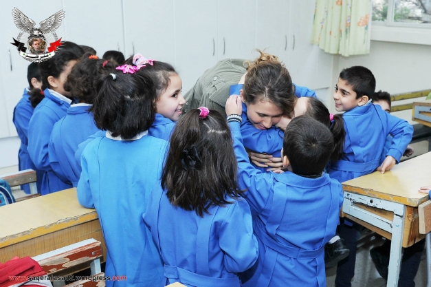 السيدة أسماء الأسد تزور مدرسة بنات الشهداء